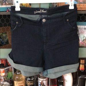Universal thread midi shorts